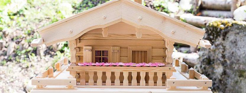 was ist ein vogelhaus vogelhaus vogelh uschen aus. Black Bedroom Furniture Sets. Home Design Ideas